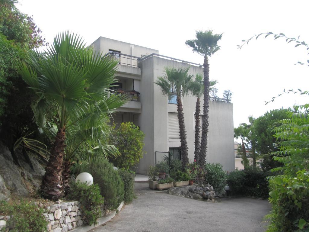 Appartement de 40m2 louer sur nice location for Chambre a louer sur nice