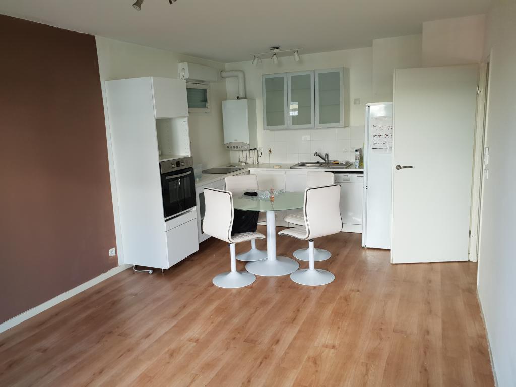 Location particulier à particulier, appartement à Dammarie-les-Lys, 59m²