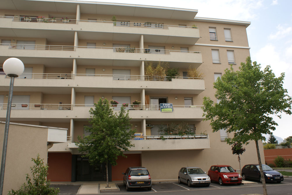Location d 39 appartement t2 entre particuliers st martin d 39 heres 600 38 m - Garage st martin d heres ...