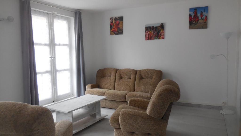 Entre particulier , appartement, de 44m² à Saint-Sulpice-de-Pommeray