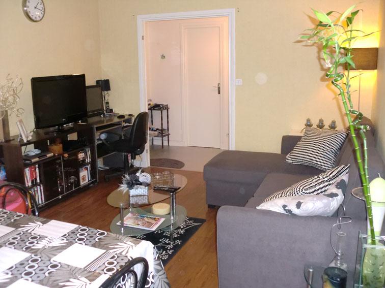 location d 39 appartement t2 de particulier particulier reims 526 63 m. Black Bedroom Furniture Sets. Home Design Ideas