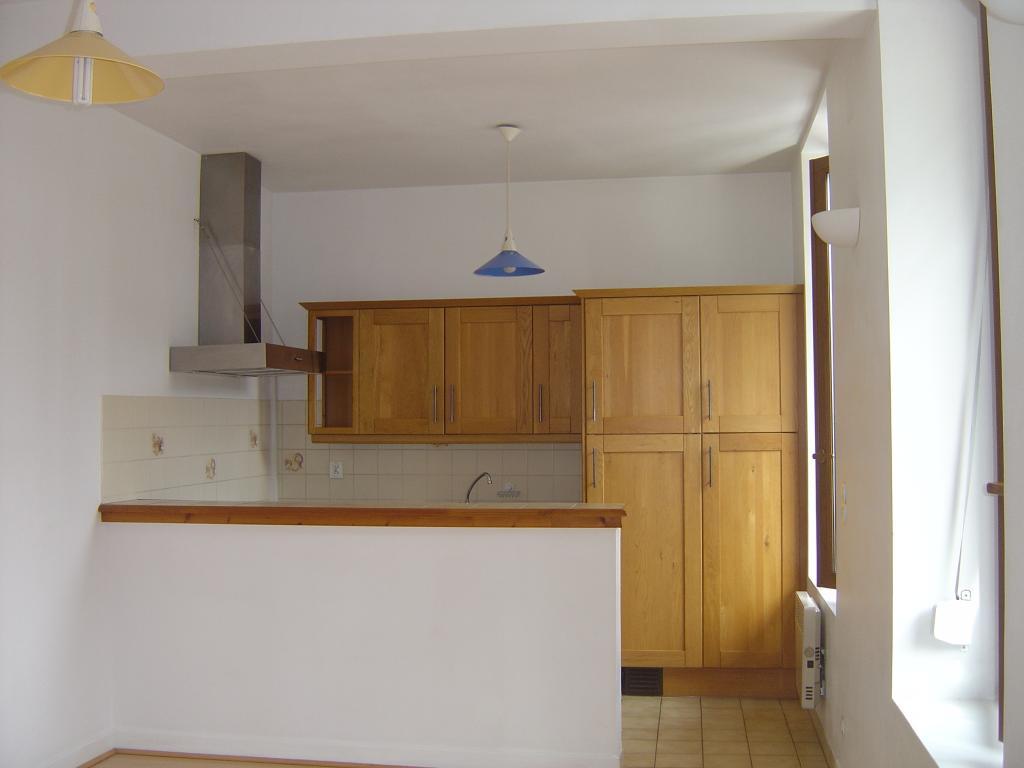 location d 39 appartement t2 de particulier particulier reims 600 43 m. Black Bedroom Furniture Sets. Home Design Ideas