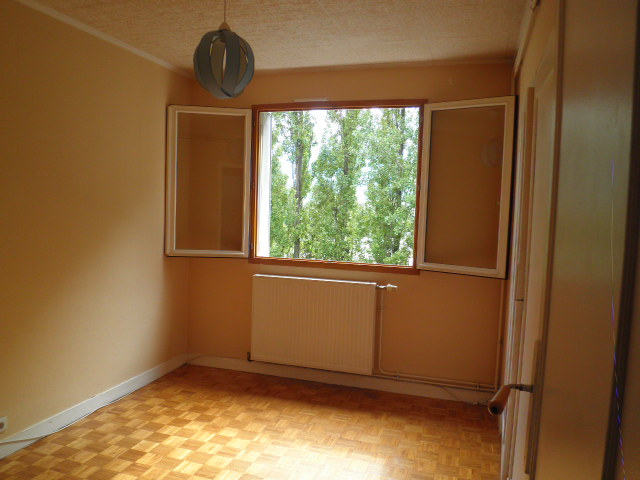 Location appartement T4 St Martin d'Heres - Photo 1