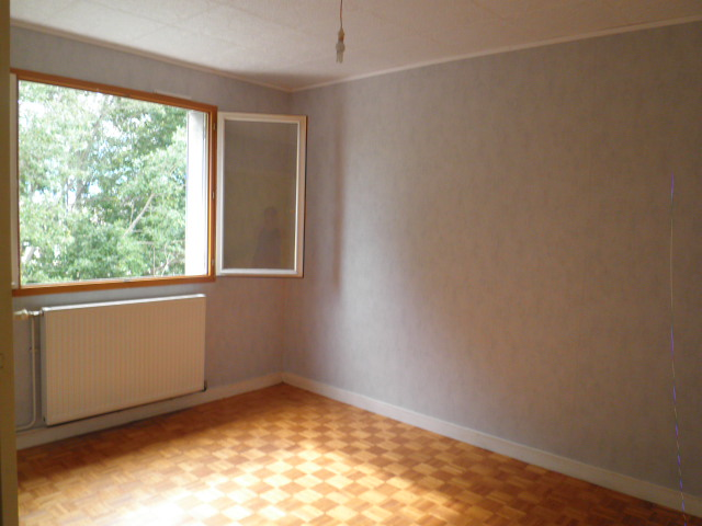Location appartement T4 St Martin d'Heres - Photo 2
