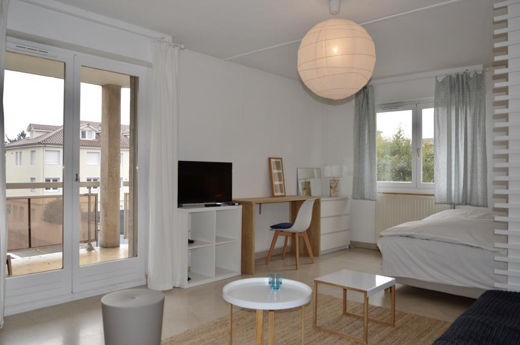 Location appartement entre particulier Lyon 03, studio de 37m²