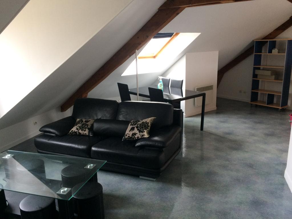 logement lyc e jules haag besan on 120 offres de. Black Bedroom Furniture Sets. Home Design Ideas