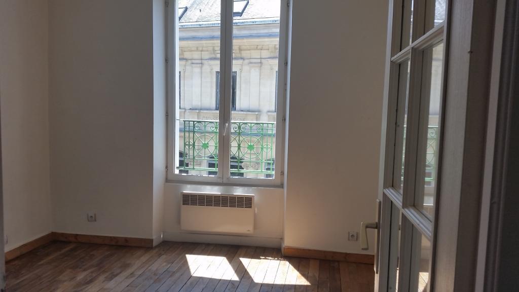 Location appartement entre particulier Vaux-le-Pénil, appartement de 47m²