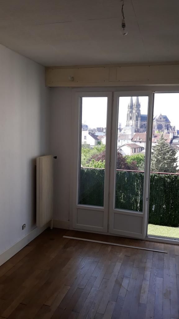 Location de particulier à particulier, appartement, de 64m² à Neuvy