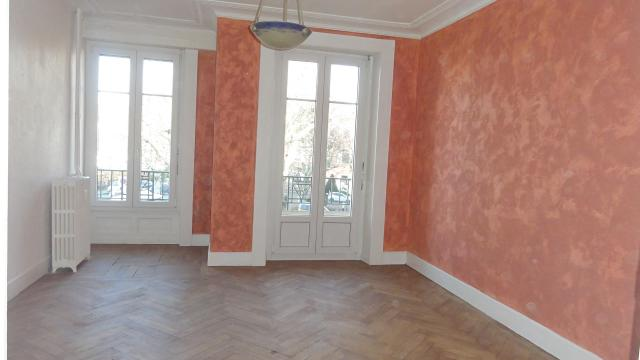 Location appartement T2 La Roche sur Foron - Photo 1