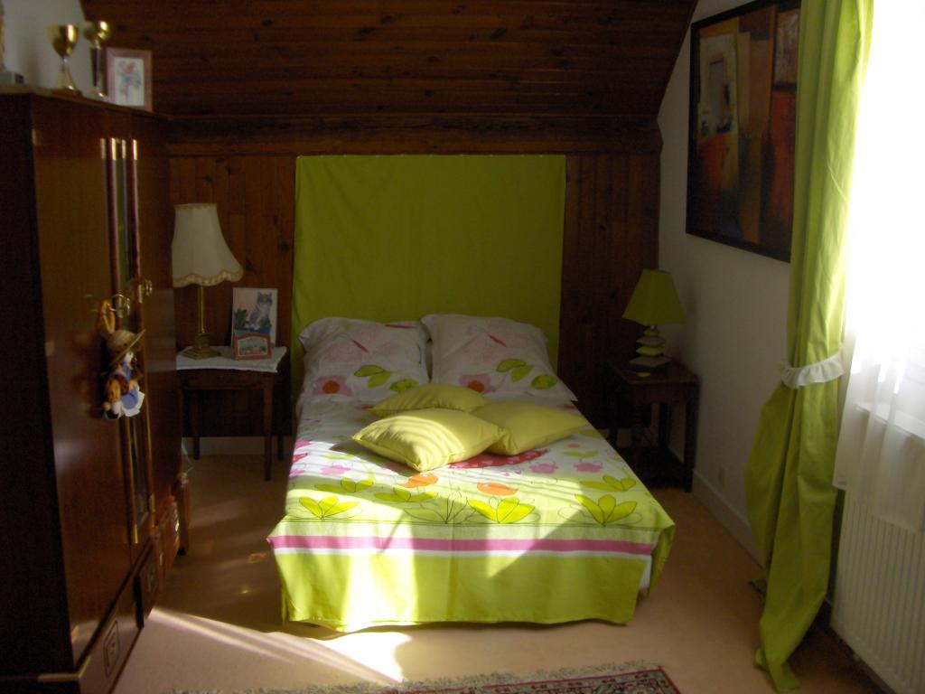Appartement particulier à Mureaux, %type de 12m²