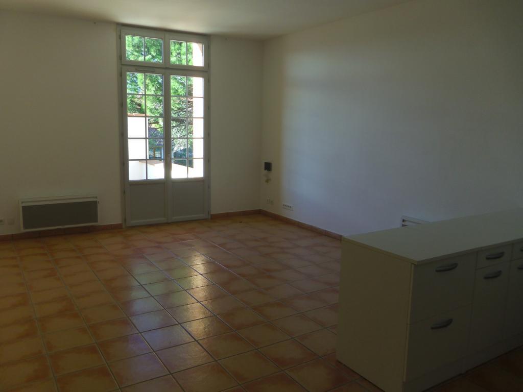 Location de particulier à particulier, appartement, de 44m² à Castelnou