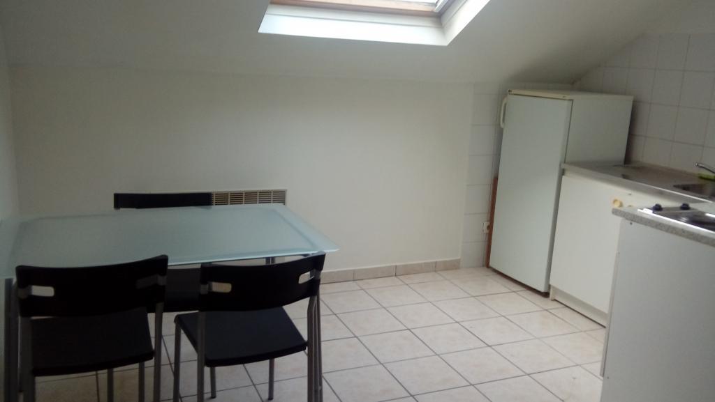 Particulier location, appartement, de 40m² à Vaux-le-Pénil