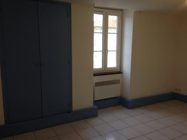 Location appartement T2 Seissan - Photo 3