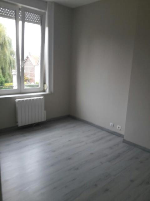 Location maison F4 Tourcoing - Photo 3
