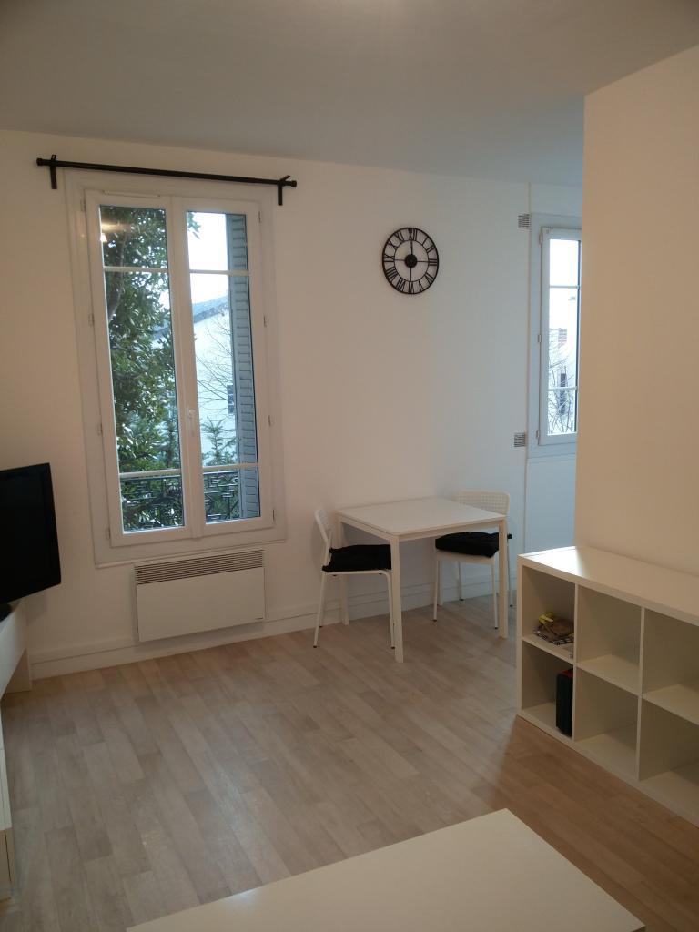 De particulier à particulier, studio à Vitry-sur-Seine, 28m²