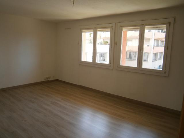 Location appartement T4 Perpignan - Photo 4