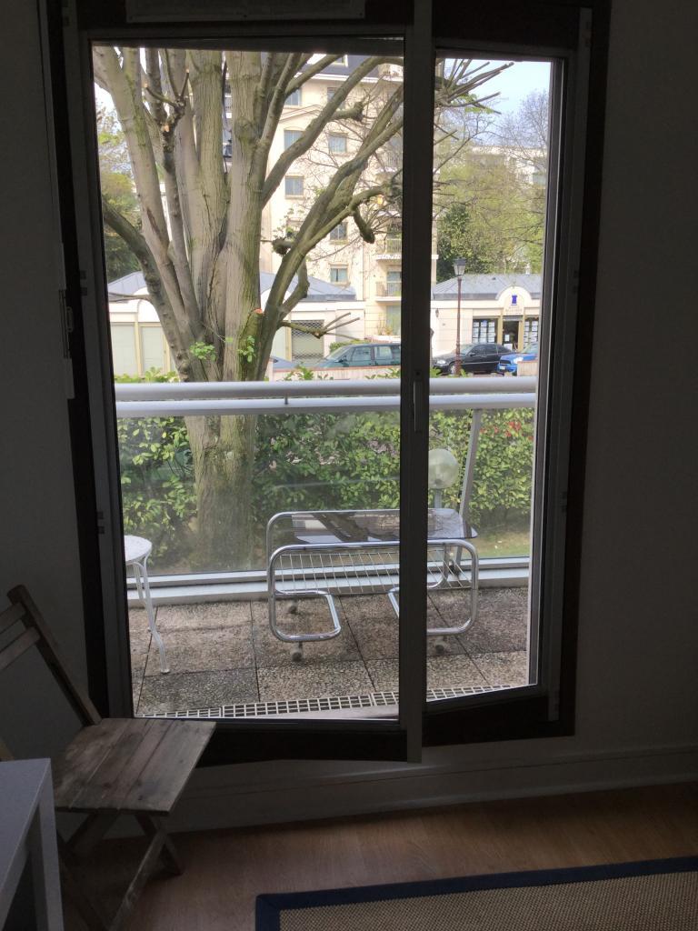 De particulier à particulier Saint-Cloud, appartement studio de 14m²