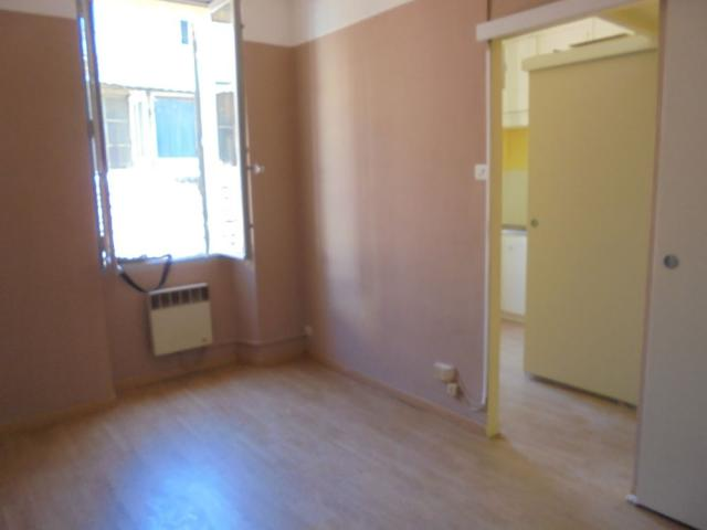 Location appartement T1 Marseille 04 - Photo 2