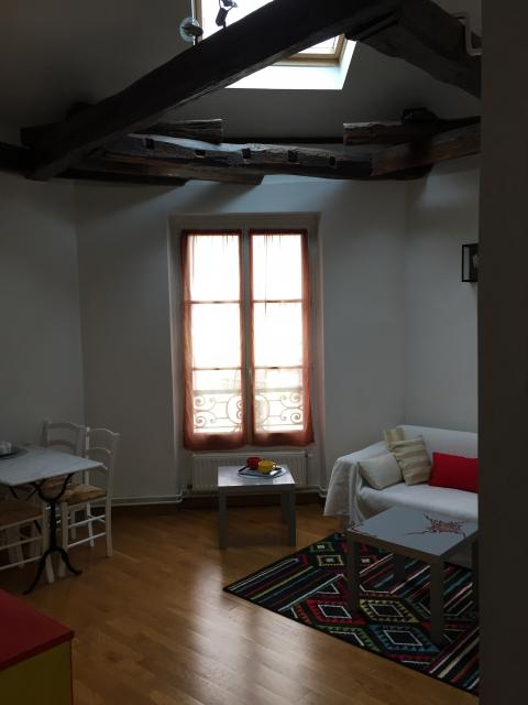 Location appartement T3 Paris 18 - Photo 1