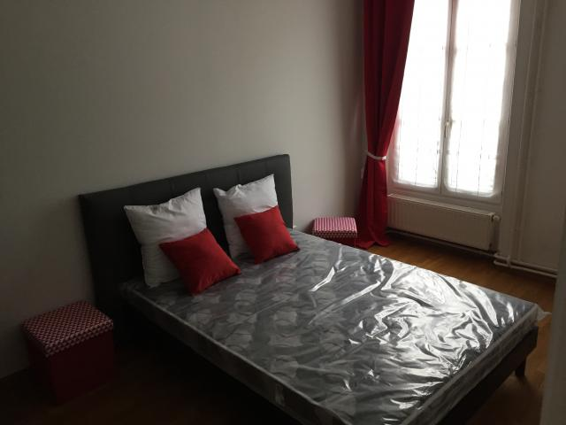 Location appartement T3 Paris 18 - Photo 3