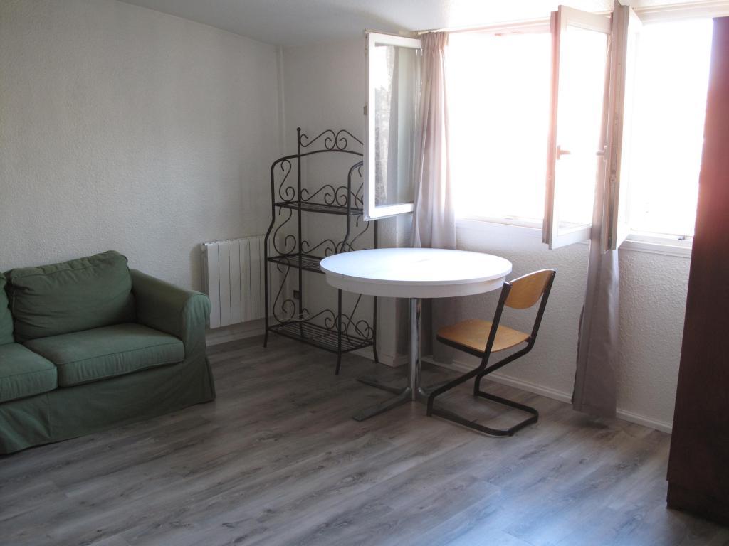 Appartement De 41m2 Louer Sur Bordeaux Location