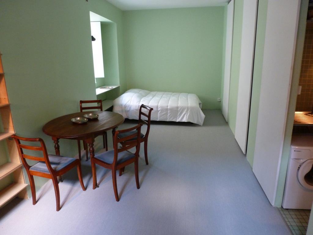 Location appartement entre particulier Paris 01, studio de 27m²