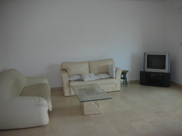 Location appartement T2 Marseille 08 - Photo 1