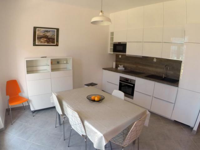 ... Location Appartement T2 Marseille 02   Photo 2 ...