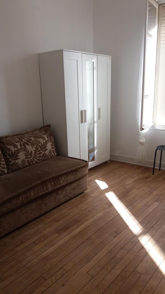 Location immobilière par particulier, Les Lilas, type studio, 30m²