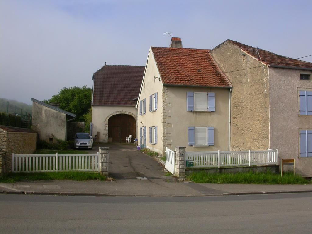 Entre particulier , maison, de 108m² à Theuley