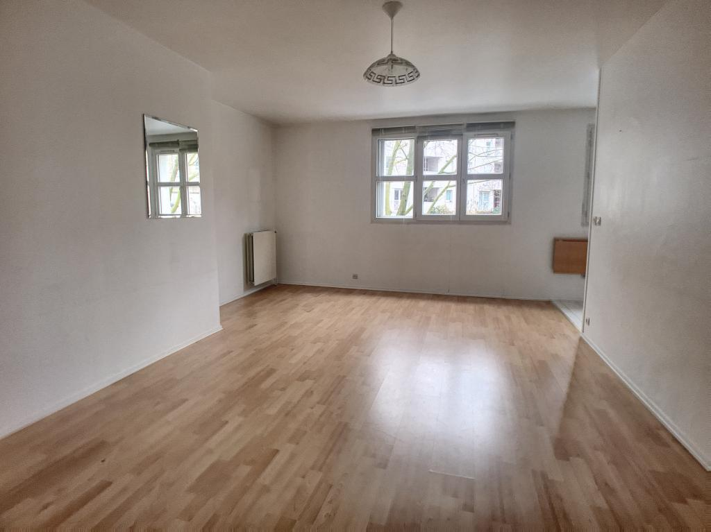 Location appartement entre particulier Clamart, studio de 31m²