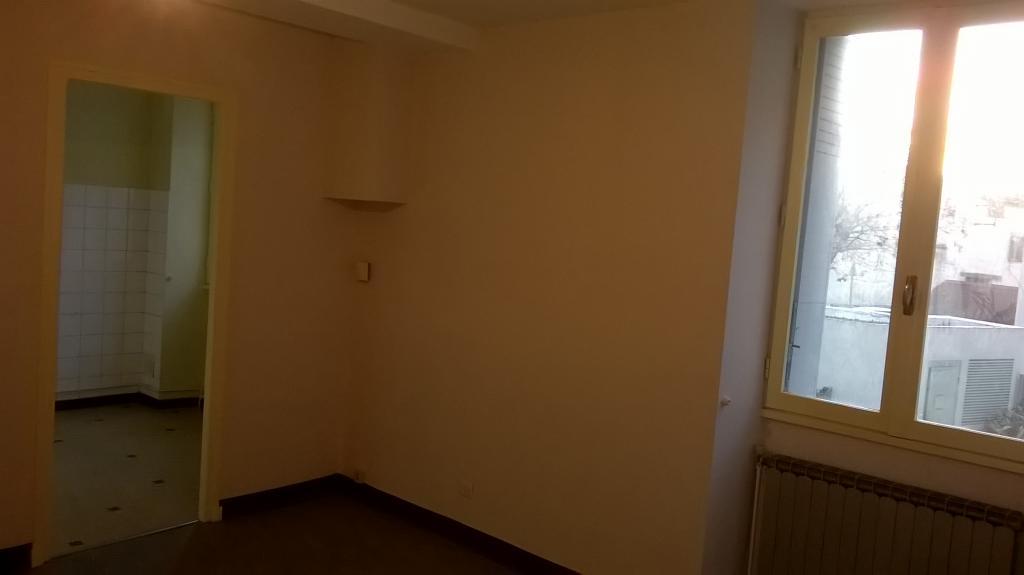 Location particulier à particulier, studio, de 28m² à Romans-sur-Isère
