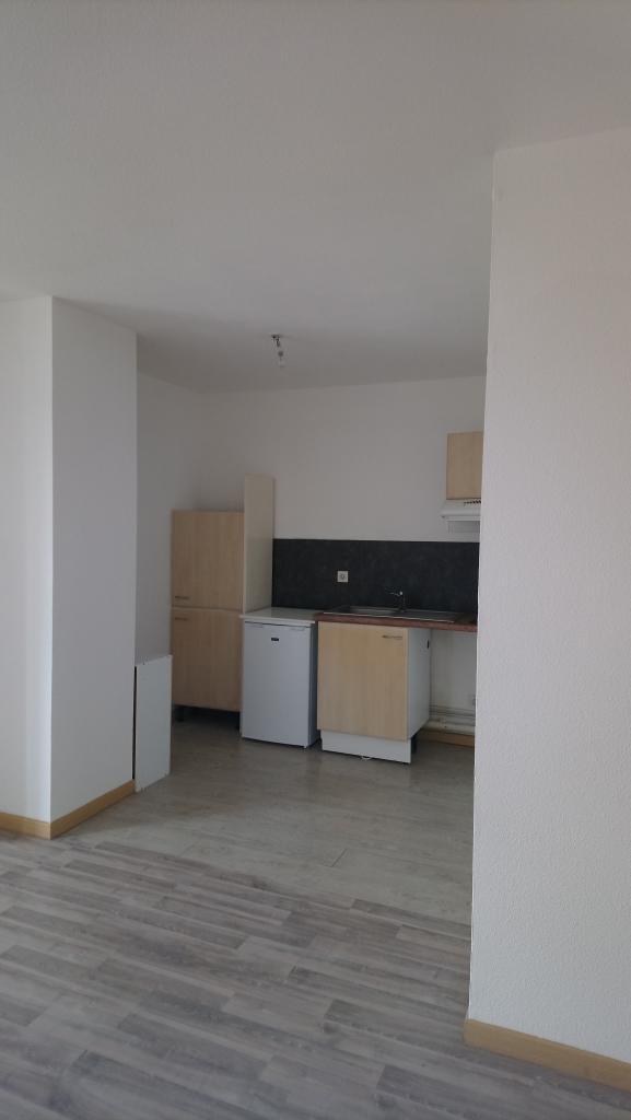 Appartement particulier, studio, de 34m² à Vigoulet-Auzil