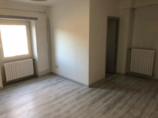 Location appartement T2 Beaucaire - Photo 1