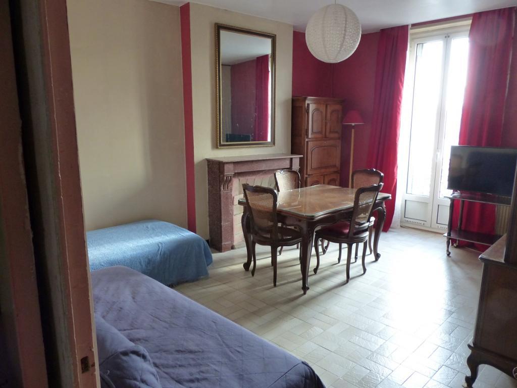 Location immobilière par particulier, Marseille 07, type appartement, 63m²