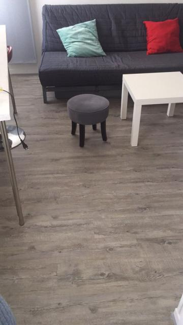 location particulier reims 51. Black Bedroom Furniture Sets. Home Design Ideas
