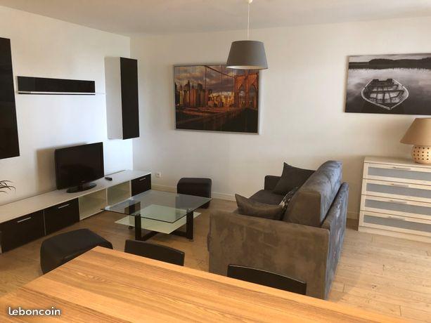 Location d 39 appartement t1 meubl de particulier st genis for Meuble authentika laval