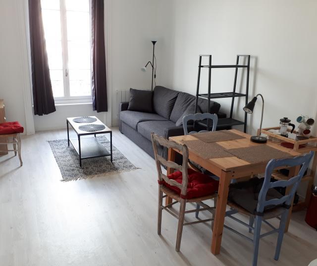 location meubl lyon 3 de particulier particulier. Black Bedroom Furniture Sets. Home Design Ideas