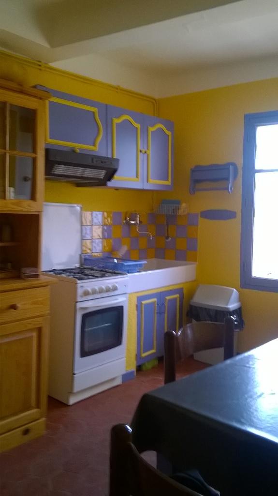 Location appartement entre particulier Saint-Martin-de-Brômes, appartement de 37m²