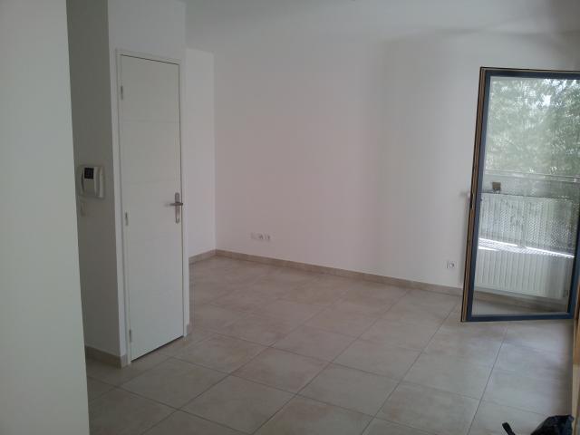 Location d 39 appartement t3 sans frais d 39 agence bron 860 - Location appartement bron ...