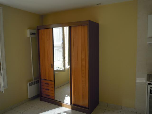 Location de studio meubl de particulier particulier for Caution location meuble