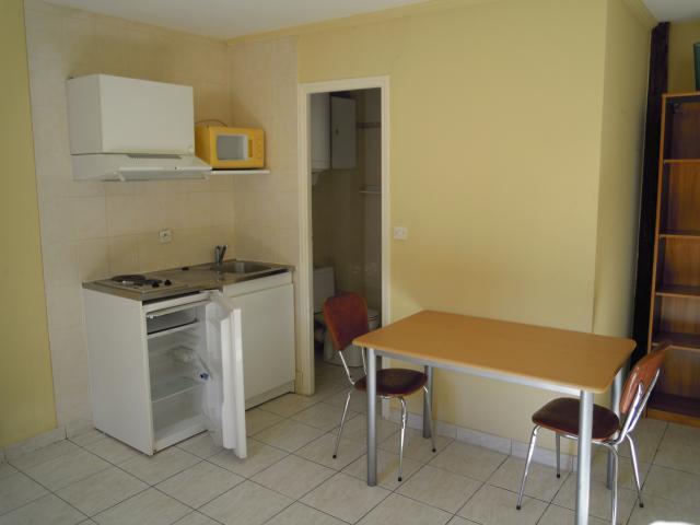 location de studio meubl de particulier particulier chalon sur saone 347 21 m. Black Bedroom Furniture Sets. Home Design Ideas
