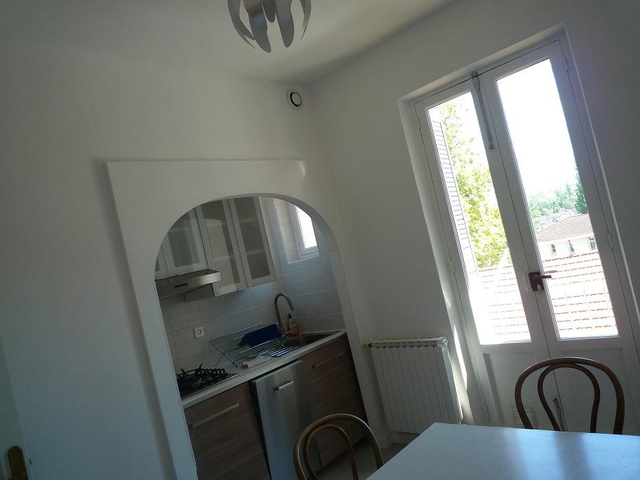 Appartement de 54m2 louer sur grenoble location for Depot service carrelage chambery