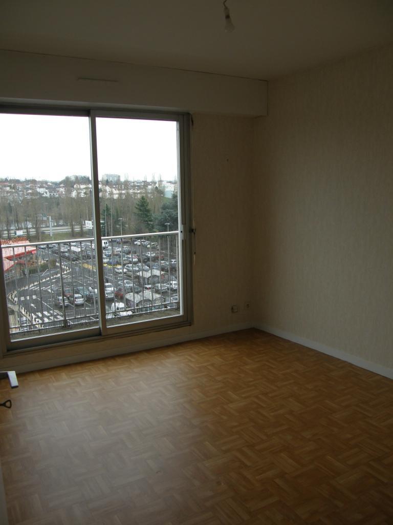 location particulier particulier appartement de 45m. Black Bedroom Furniture Sets. Home Design Ideas