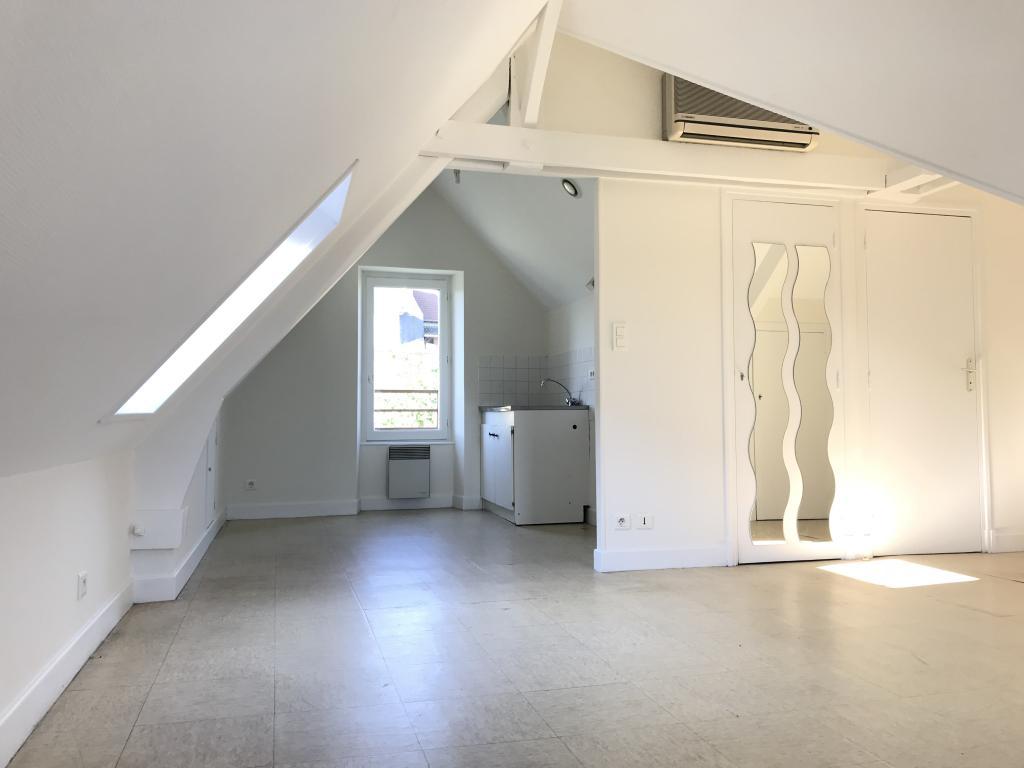 Location particulier à particulier, appartement à Brive-la-Gaillarde, 30m²