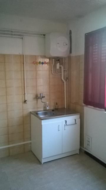Location d 39 appartement t1 sans frais d 39 agence toulon - Location studio meuble toulon ...