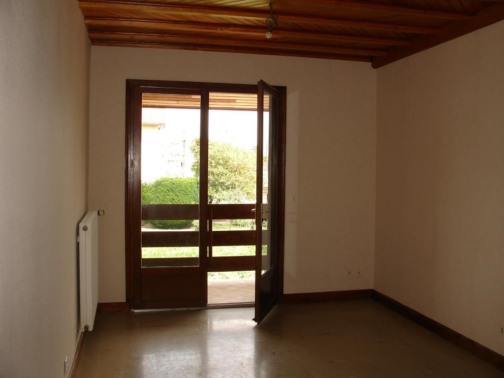 Entre particulier , appartement, de 40m² à Cellule