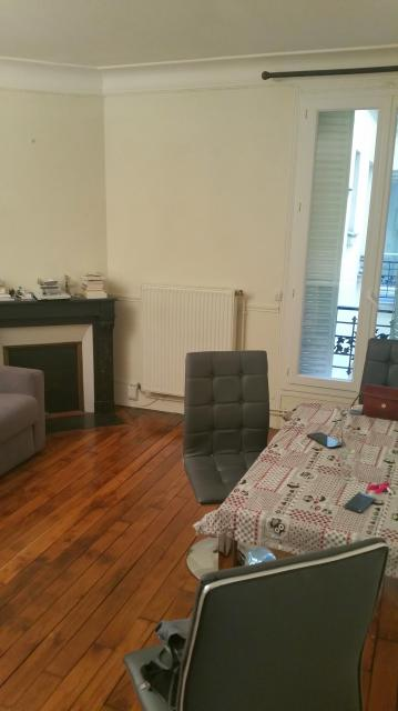 Location appartement T2 Paris 10 - Photo 1