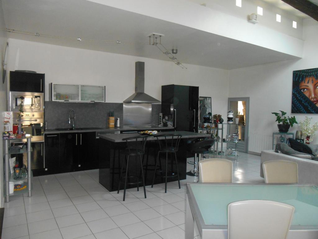 Appartement particulier à Villevieille, %type de 92m²