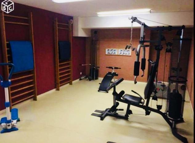 location de studio de particulier clermont ferrand 370 18 m. Black Bedroom Furniture Sets. Home Design Ideas